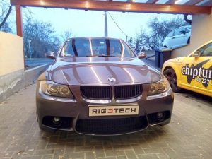 Bmw-330i-30i-E90-258ps-2005-chiptuning