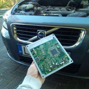 Volvo-V50-chiptuning-siemens-ECU-pinot