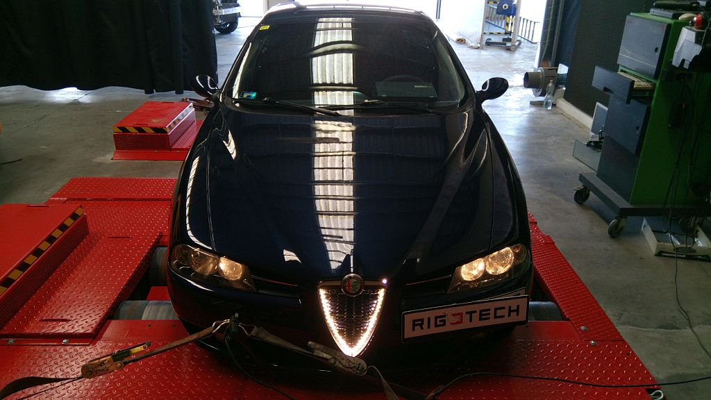 Alfa-Romeo-156-19JTD-115ps-2004_chiptuning
