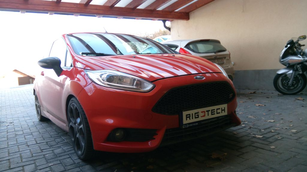 Ford-Fiesta-16i-183ps-2013-chiptuning