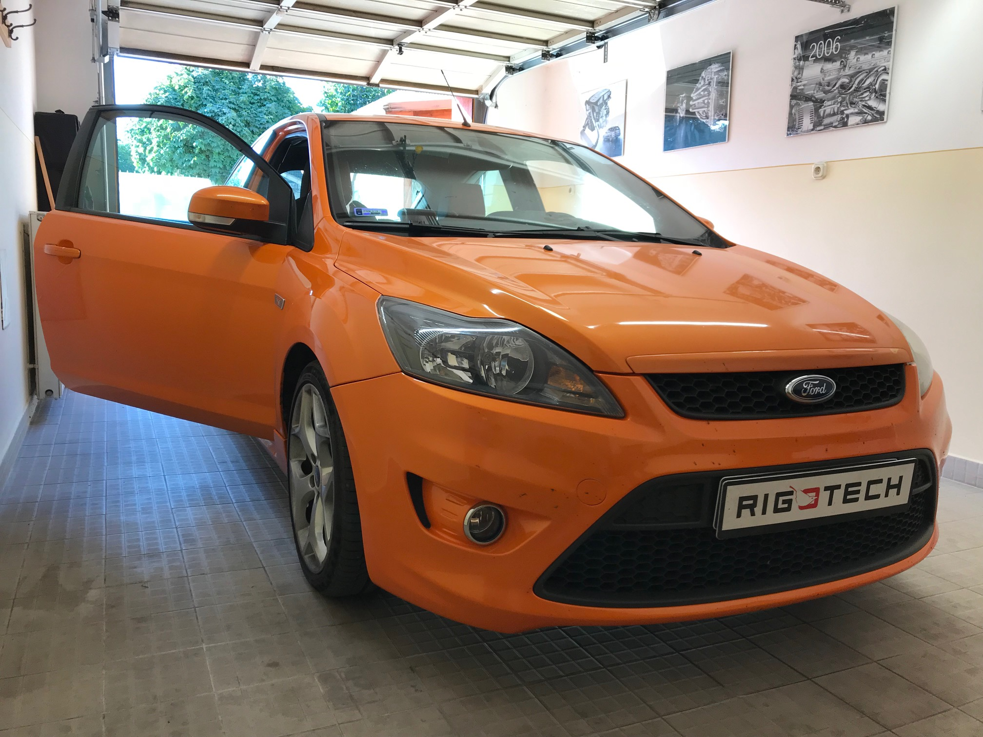 Ford-Focus-ST-25i-225Le-chiptuning