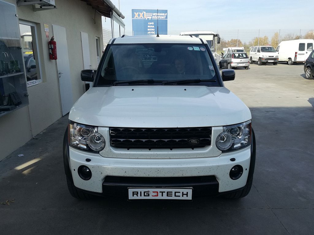 Land-rover-Discovery-3-2