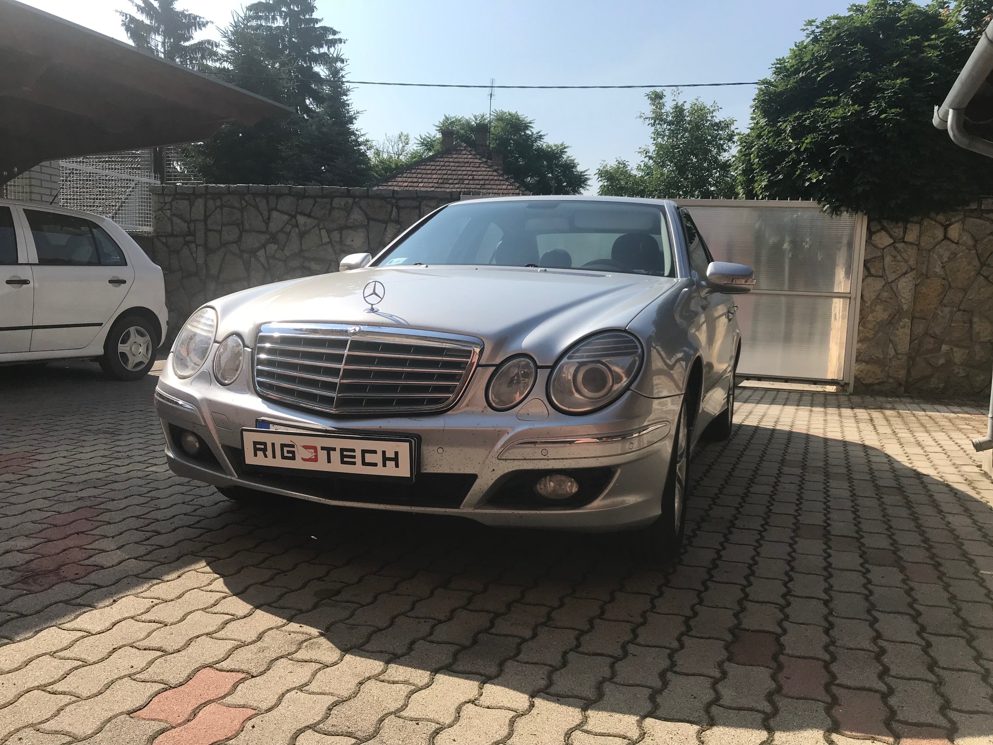 Mercedes-E320cdi-224Le-Chiptuning
