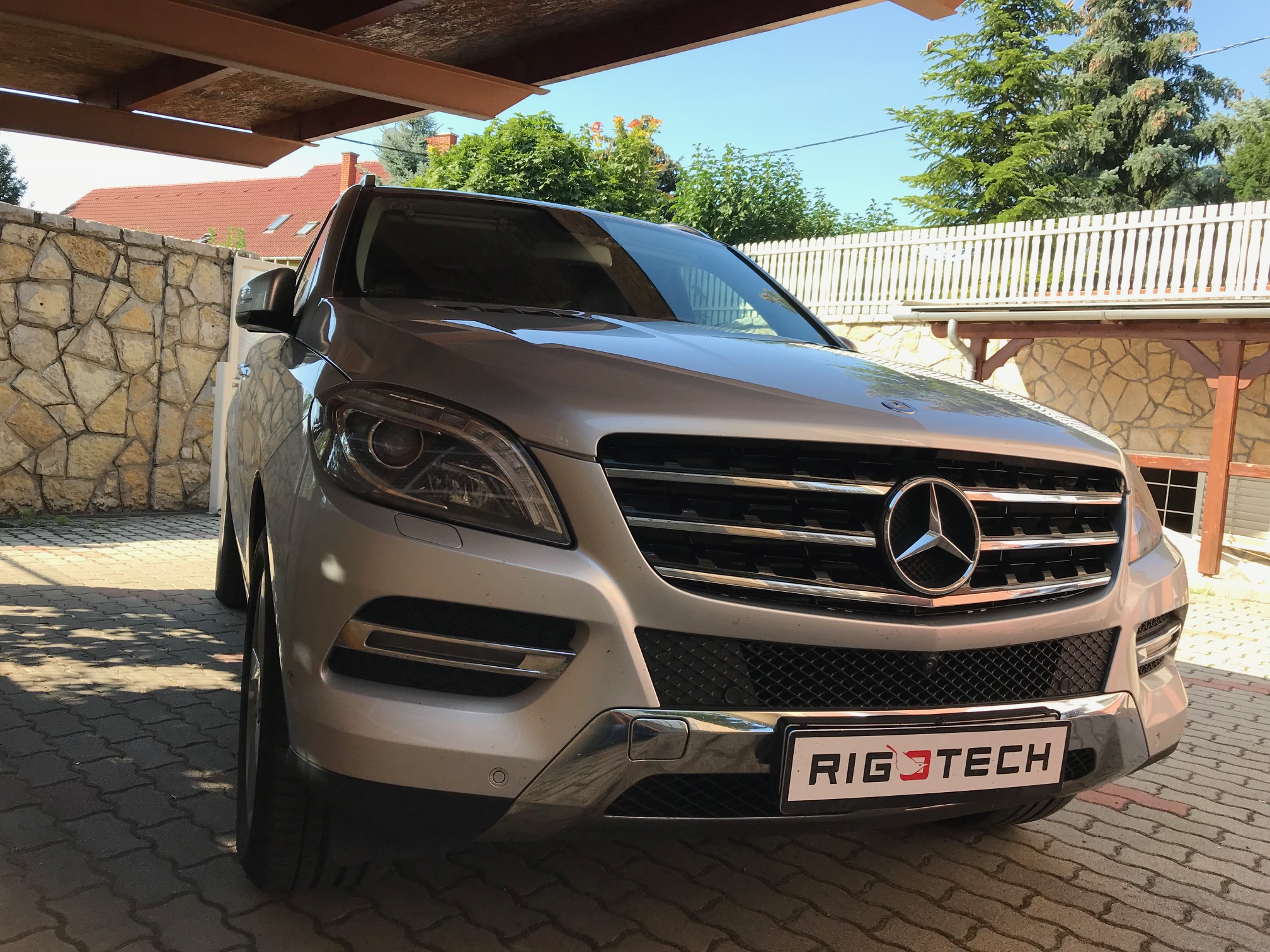 Mercedes-Ml350cdi-258Le-Chiptuning
