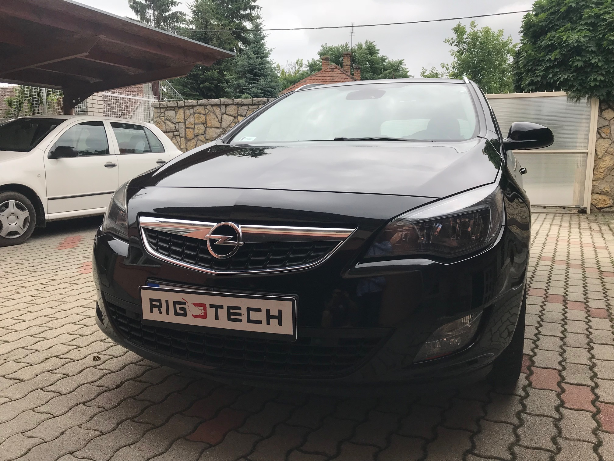 Opel-Astra-J-20Cdti-165Le-Chiptuning