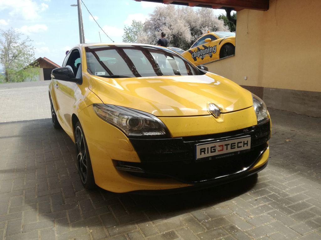 Renault-Megane-iii-2008tol-20iTURBO-250ps-2011-Chiptuning