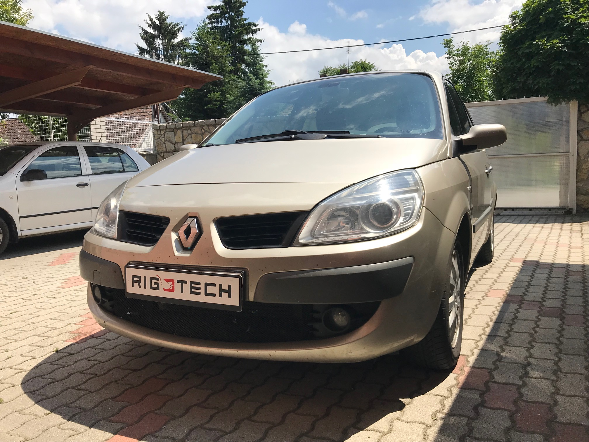 Renault-Scenic-15dci-105Le-Chiptuning