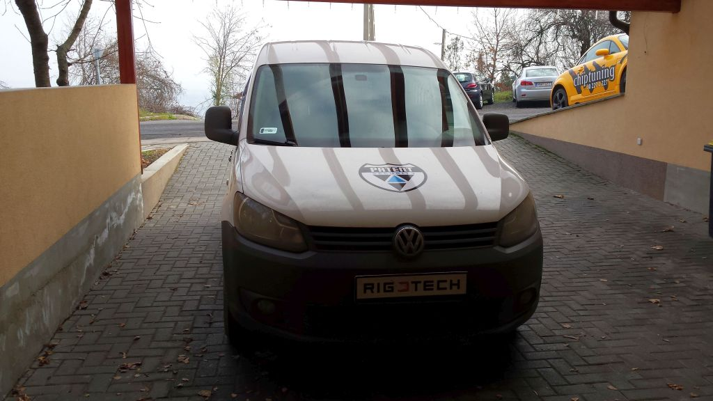 Volkswagen-Caddy-iii-16-TDI-102ps-2013-chiptuning