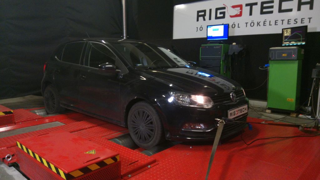 Volkswagen-Polo-5-2010tul-12TSI-90ps-2014-Chiptuning